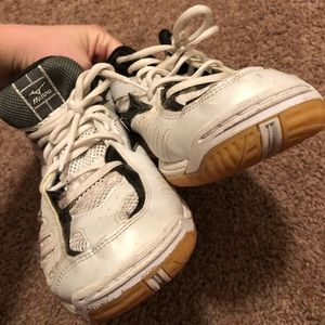 Shoes - Volleyball Court Shoe